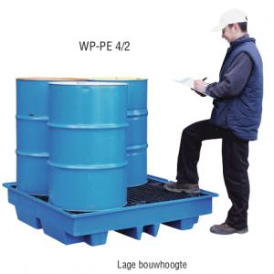 PE opvangbak voor 4 x 200 l vaten met PE pallet en lage bouwhoogte