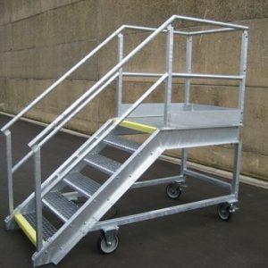 Escaliers galvanisés - Longueur de la plate-forme 1000 mm - Larguer de la plate-forme 800 mm