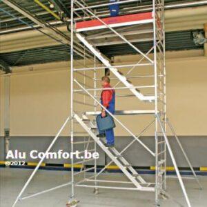 Rolsteiger met trappen - platformhoogte: 10500 mm