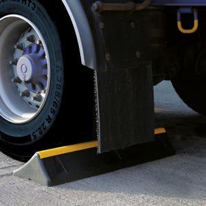 Parkeerblok voor vrachtwagens